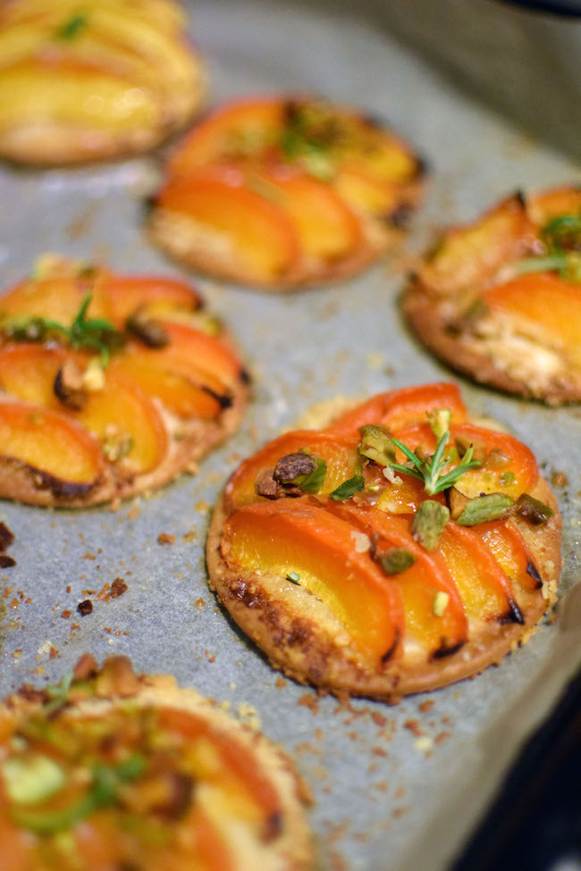 Les minis pizzas abricots | Lovalinda x Blog Cuisine