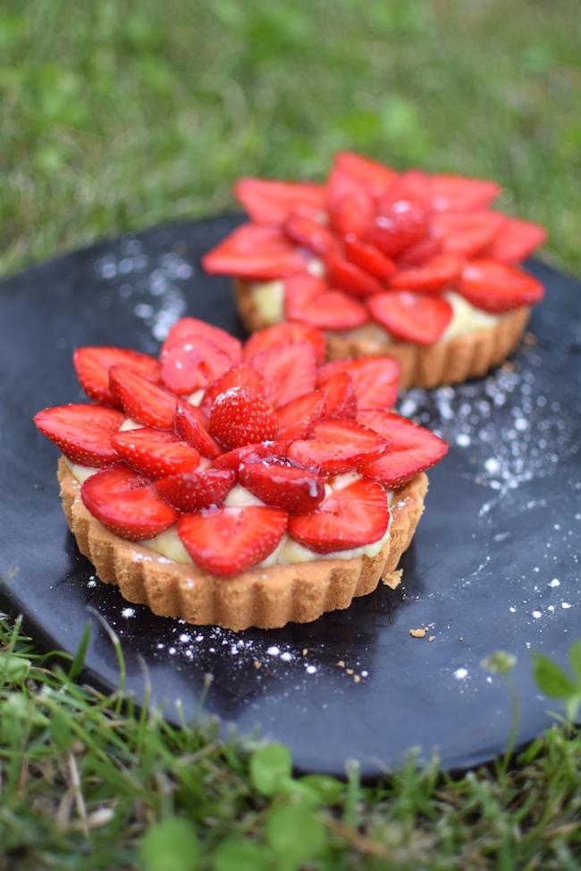 Les tartelettes aux fraises | LovaLinda x Blog Cuisine Pâtisserie Marseille x Recette Ramadan 2014 x Crème Pâtissière x Pâte sablée Kitchen Aid Artisan Classic