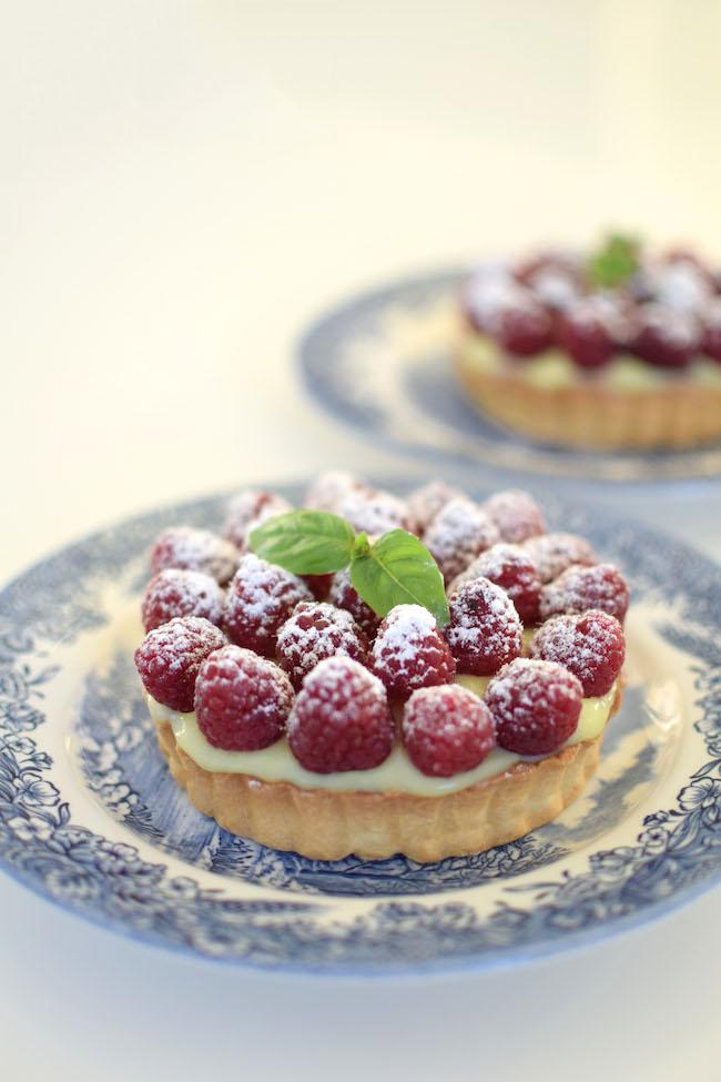 Les tartelettes aux framboises, pâte brisée et crème pâtissière | LovaLinda x Blog Cuisine Marseille x Recette Ramadan 2014