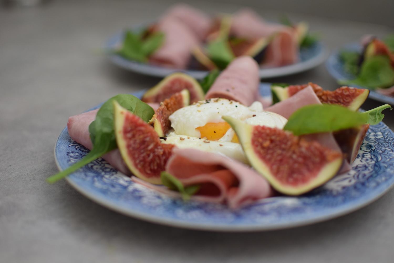 L'œuf poché aux figues et jambon | LovaLinda x Blog Cuisine