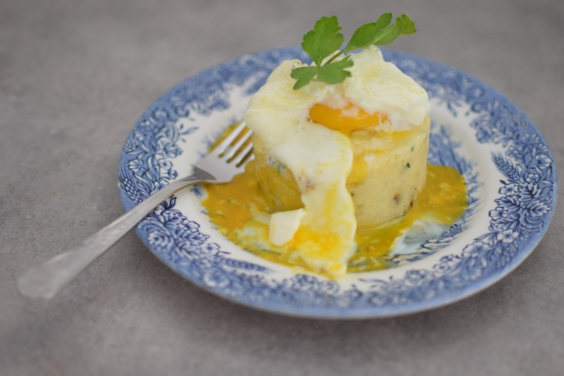 L'écrasé d'amandines à l'œuf poché | Blog Recettes Cuisine Brunch | LovaLinda