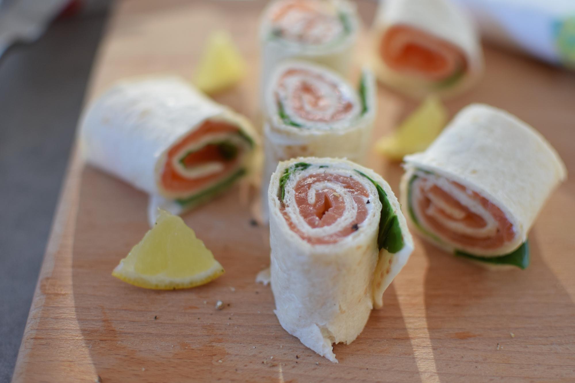 Les wraps saumon fumé et épinards | LovaLinda | Blog Photo Cuisine Recettes | Apéritif | Tortilla Philadelphia